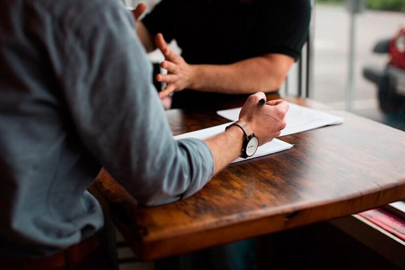 Как писать заявление устраиваться на работу